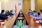 أحمد سعيد بن بريك يُطالب الحكومة اليمنية للعودة سريعًا إلى عدن