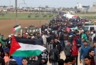 مظاهرة حاشدة على الحدود الأردنية - الفلسطينية نصرة للقدس وغزة