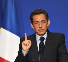 ساركوزي ينكر محاولته رشوة قاض خلال محاكمته بتهم الفساد