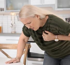 أعراض وأسباب الإصابة بالذبحة الصدرية
