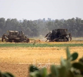 توغل لجرافات جيش الاحتلال شرق رفح