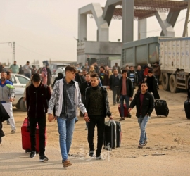 """غزة : كشف """" تنسيقات مصرية"""" للسفر عبر معبر رفح الإثنين"""