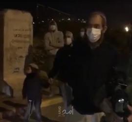 متطرفون إسرائيليون يطلقون النار على المسجد الكبير بمدينة اللد