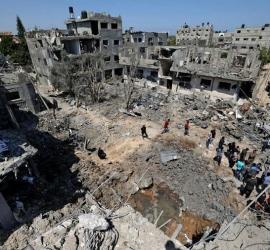 رويترز: غزة تبدأ في إعادة بناء منازل تعرضت للدمار في حرب مايو