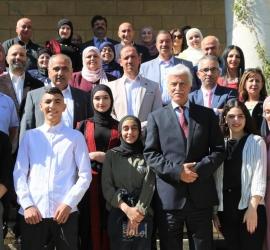 التربية والتعليم تكرّم الطلبة المشاركين في المعرض الدولي للعلوم والهندسة في رام الله