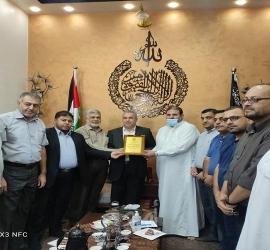 المقاومة الشعبية تستقبل وفداً قيادياً من حركة حماس للتهنئة بالانطلاقة وتعزيزاً للعلاقات الثنائية