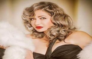 ليلى علوي تنشر فيديو للتوعية بمخاطر سرطان الثدي .. شاهد