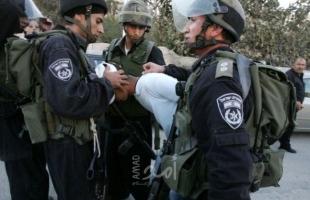 """جيش الاحتلال يبلغ عائلة الطالب """"أسامة أبو زعنونه"""" من الخليل باعتقاله"""