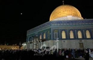 سلطات الاحتلال تبعد شابين عن المسجد الأقصى لمدة أسبوعين