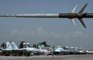 """قتلى وإصابات بإطلاق قذائف على """"ريف جبلة"""" السوري.. والدفاعات الجوية بقاعدة """"حميميم"""" تتصدى"""