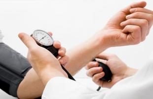 6 أعراض تشير لارتفاع ضغط الدم