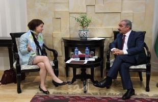 أشتية يطلع سفيرة فنلندا على آخر التطورات الفلسطينية