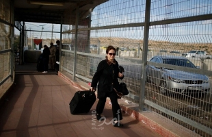 """حركة المسافرين عبر معبر """"بيت حانون"""" شمال قطاع غزة"""