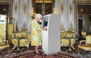 """فيلم وثائقى يكشف سرًا عن ملكة بريطانيا""""إليزابيث الثانية"""""""