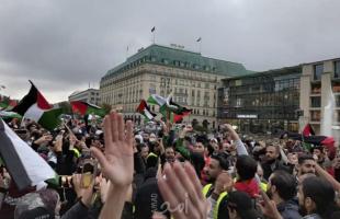 """وقفات فلسطينية في برلين تزعج كاتب ألماني: """"أسبوع بعد أسبوع من الكراهية الخالصة لإسرائيل""""!"""