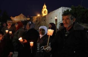 بيت لحم: مواطنون يضيئون شموعاً تضامناً مع الأسرى المضربين