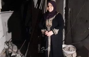 """للمرة الخامسة.. جيش الاحتلال يهدم منزل """"أم ناصر أبو حميد"""" في رام الله"""