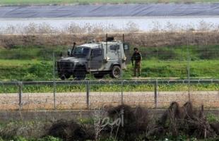 جيش الاحتلال يعتقل شابين اجتازا السياج الفاصل لقطاع غزة
