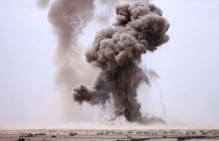محدث.. مصرع شخصين وإصابة العشرات بانفجار في محطة للغاز غربي اليمن - فيديو
