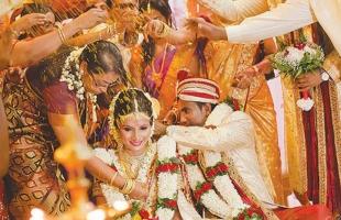 أغرب طقوس الزفاف فى الهند