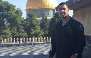 """شرطة الاحتلال تسلم حارس الأقصى """"حمزة نمر"""" أمر استدعاء"""