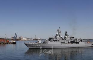 إيران تحتجز سفينة أجنبية في خليج عمان وتعتقل 13 بحاراً