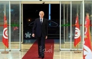 """بعد موقف """"النهضة"""" من الحكومة..قيس سعيّد: لن نترك تونس تتقاذفها المصالح"""