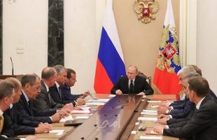 بوتين يبحث مع الأعضاء الدائمين في مجلس الأمن الروسي الوضع في إدلب