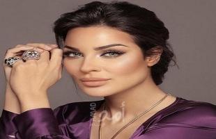 بعد اصابتها بانفجار بيروت: نادين نسيب نجيم تنشر صورة مع اينتها.. شاهدوا جمالها