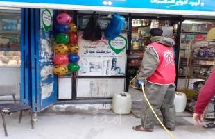 """الديمقراطية تنظم حملة تعقيم واسعة لشوارع حي النصر ومخيم الشاطئ بغزة للوقاية من """"كورونا"""""""