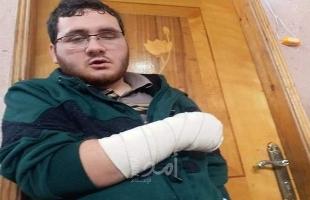 """غزة: أحد عناصر أجهزة حماس الأمنية يعتدي على كفيف ووالده يروي لـ """"أمد"""" التفاصيل"""