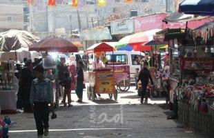 بلدية النصيرات تبدأ بتنظيم الشوارع الرئيسية ونقل البسطات