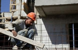 إسرائيل تمنح تصاريح عمل لـ 40 ألف عامل فلسطيني وأجنبي لمواجهة تباطؤ قطاع البناء