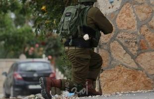 محدث ..إسقاط طائرة مسيرة وإصابة العشرات بالاختناق خلال قمع جيش الاحتلال لمسيرة كفر قدوم