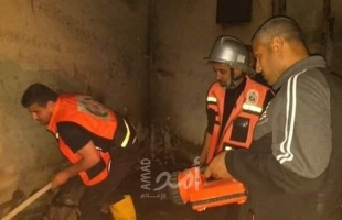 """الدفاع المدني بخانيونس يخمد حريقاً هائلاً اندلع في أحد """"المخازن"""""""