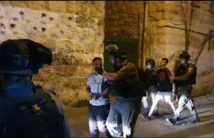 بالفيديو.. قوات الاحتلال تعتقل 3 أطفال في سلوان بالقدس المحتلة