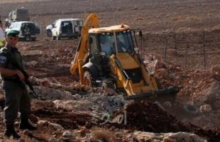 طوباس: جيش الاحتلال يفرض غرامة مالية على مواطن مقابل الإفراج عن جرافته