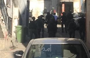 قوات الاحتلال تعتقل شابًا من جنين