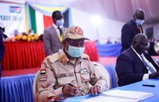 العشرات يغلقون ميناء السودان الرئيسي احتجاجا على اتفاق السلام