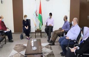 أبو الريش يستقبل مديرة الصحة العالمية في غزة