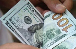 هبوط الدولار بعد نشر بيانات التضخم الأمريكي