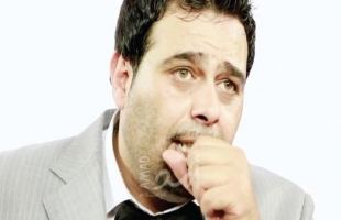 حقيقة وفاة الفنان الفلسطيني عماد فراجين في الأردن