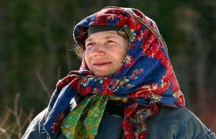 المرأة الروسية الأكثر وحدة فى العالم .. القصة كاملة