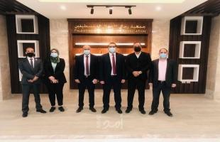 بنك القدس يزور مبنى جمعية رجال الأعمال الجديد