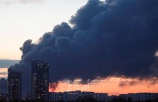 اندلاع حريق ضخم شمال غربي العاصمة الروسية
