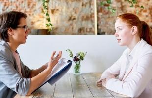 أمور يجب مراعاتها عند إجراء مقابلات العمل
