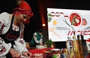 حساء تقليدي يثير أزمة دبلوماسية بين أوكرانيا وموسكو