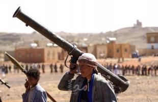 """الحوثيون يعلنون إصابة """"هدف عسكري مهم"""" في مطار أبها السعودي"""