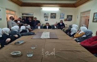 عبد الهادي يكرم عدد من الأمهات من المخيمات الفلسطينية بدمشق