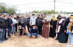 الإغاثة الزراعية تحيي يوم الأرض بحملة تشجير في قطاع غزة